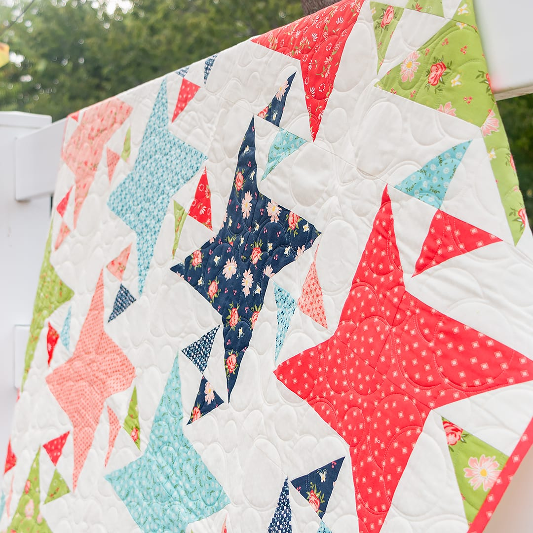 FREE Fat Quarter Friendly Pattern: Fat Quarter Flowers   The Jolly